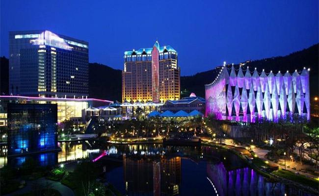 江原ランドホテル